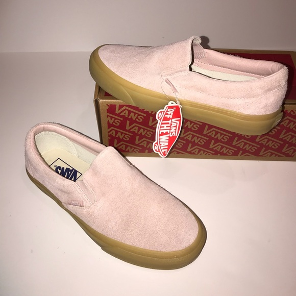 2525c9cd87 Fuzzy suede Slip on Vans!👅🦄